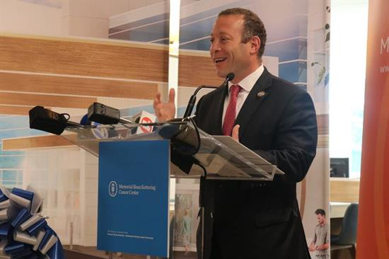 Gottheimer Celebrates Opening of MSK Bergen Outpatient Treatment